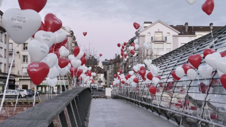 section4-street-marketing-saint-valentin-990×558